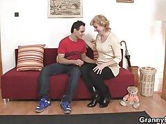 Sexy Reife Frau und boy