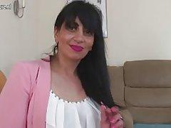 Arabische Mom mündig aus uk mit hungrigen vagina