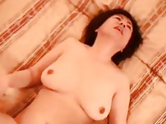 Japanische Oma 50 +