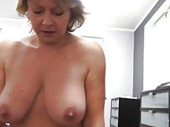 Tschechischer Reife Pov 53yo Blasen ficken und Cumming auf Dicke Titten