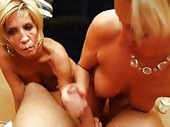 2 blonde Milfs - pov