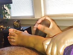 Orange Nägel Footjob handjob