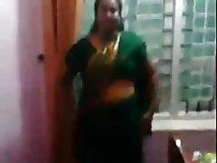 Indische Tante 1324